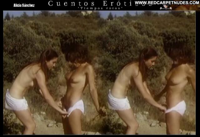 Alicia S Cuentos Er Stunning Posing Hot Latina Medium Tits Beautiful