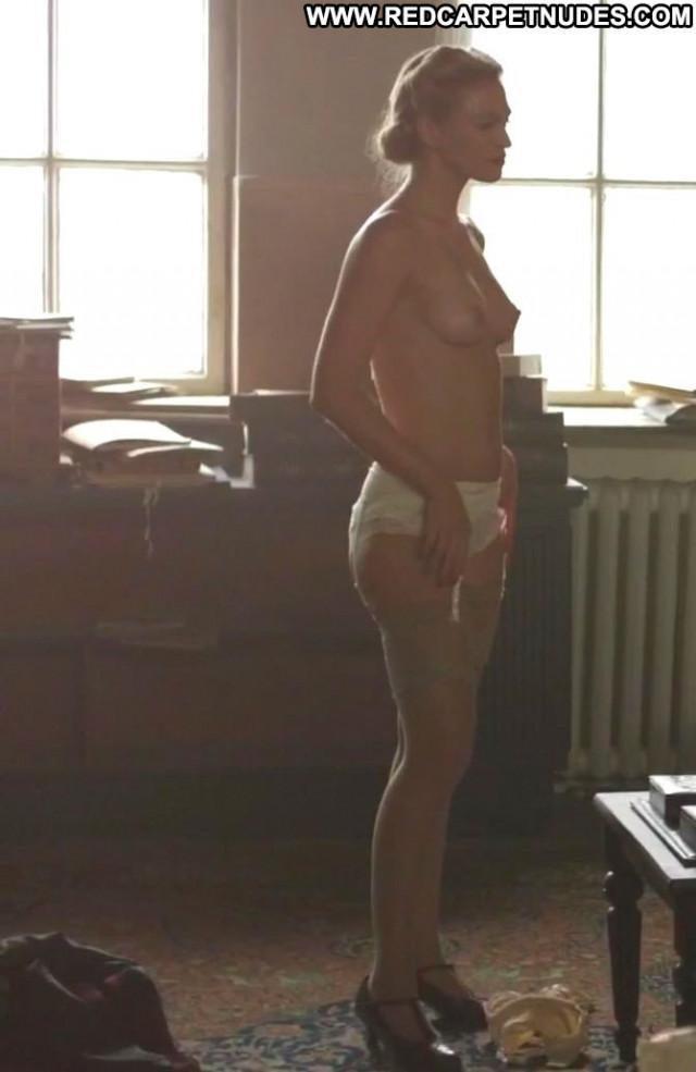 Constanze Engelbrecht The Fall Posing Hot Actress Topless France
