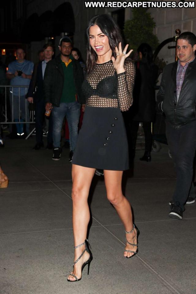 Tatu New York Paparazzi Celebrity Babe Posing Hot Hotel Beautiful Hot
