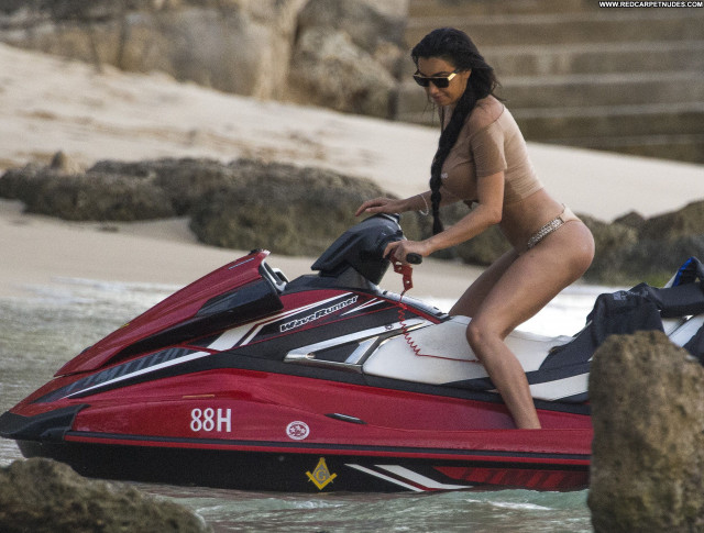 Chloe Khan The Beach Model Old Posing Hot Babe Bar Busty Twitter