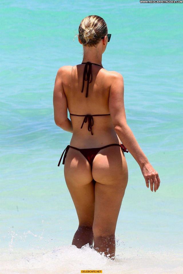 Bianca Elouise The Beach Sex Beautiful Beach Babe Ass Posing Hot Sexy