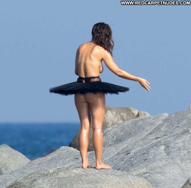 Bakhar Nabieva Sports Illustrated Swimsuit Beautiful London Celebrity