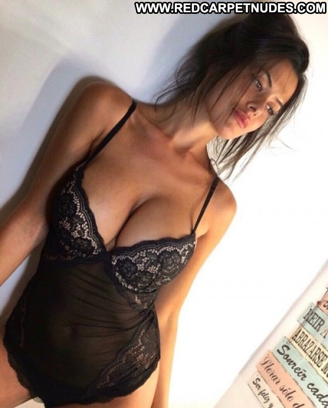 Photos To The Limit Celebrity Big Tits Spain Brunette Busty Posing