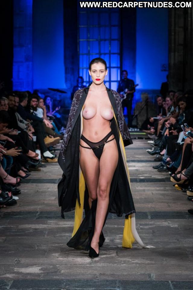 Alejandra Guilmant Mercedes Benz Fashion Week Nude Toples Beautiful