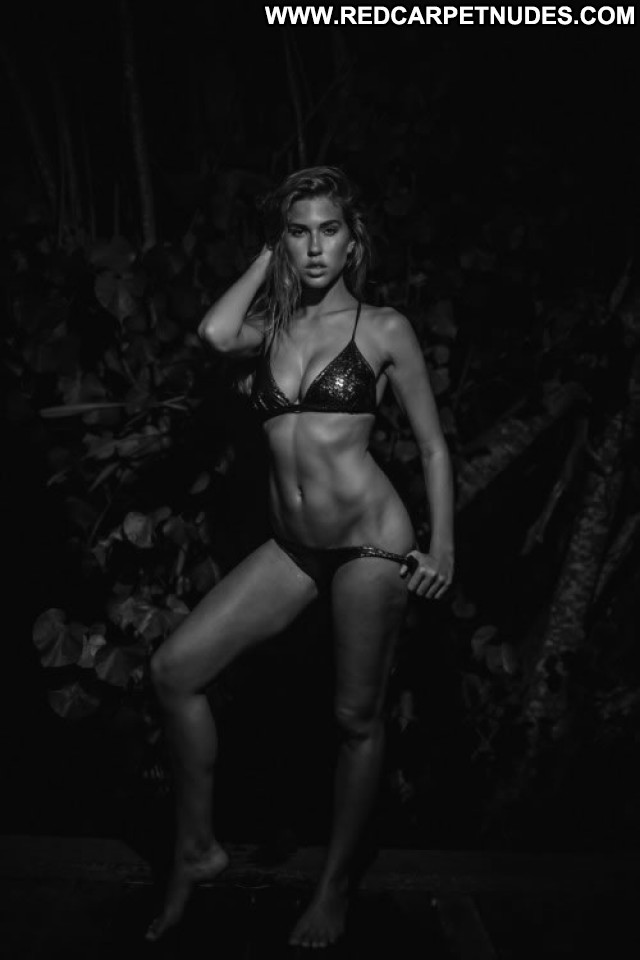 Natalie Jayne Roser No Source Australia Rich Celebrity Posing Hot