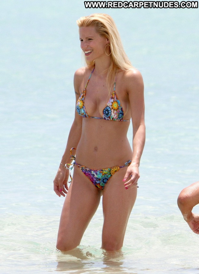 Michelle Hunziker The Professional Topless Model Slim Friends Tv Host