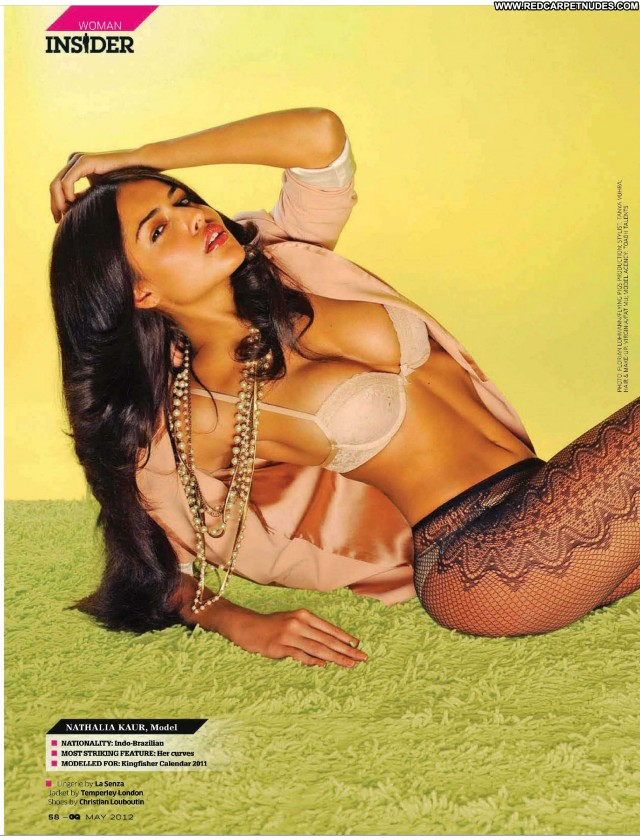 Nathalia Kaur The King Indian Old Babe Brazil Posing Hot Movie