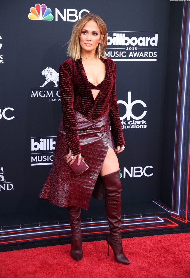 Jennifer Lopez The Red Carpet Leather Boots Red Carpet Cleavage