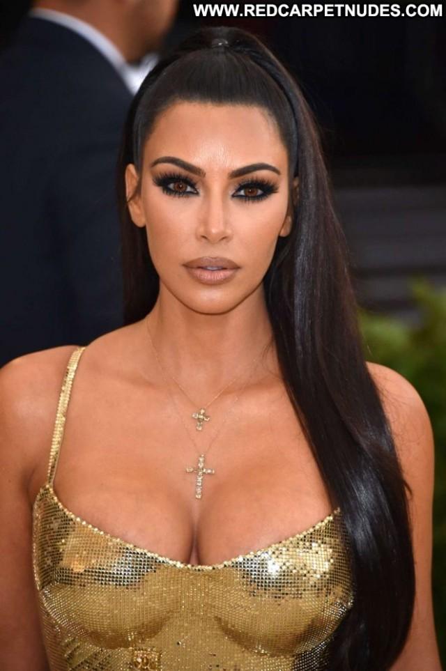 Kim Kardashian No Source Celebrity Beautiful Babe Nyc Paparazzi
