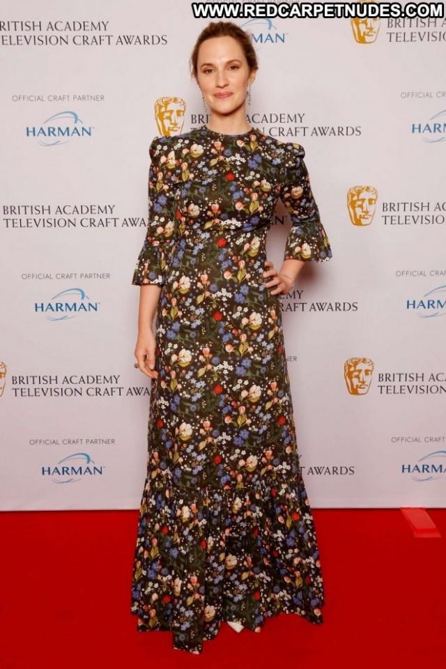 Ruth Bradley No Source Posing Hot Babe Bra Awards Beautiful Paparazzi