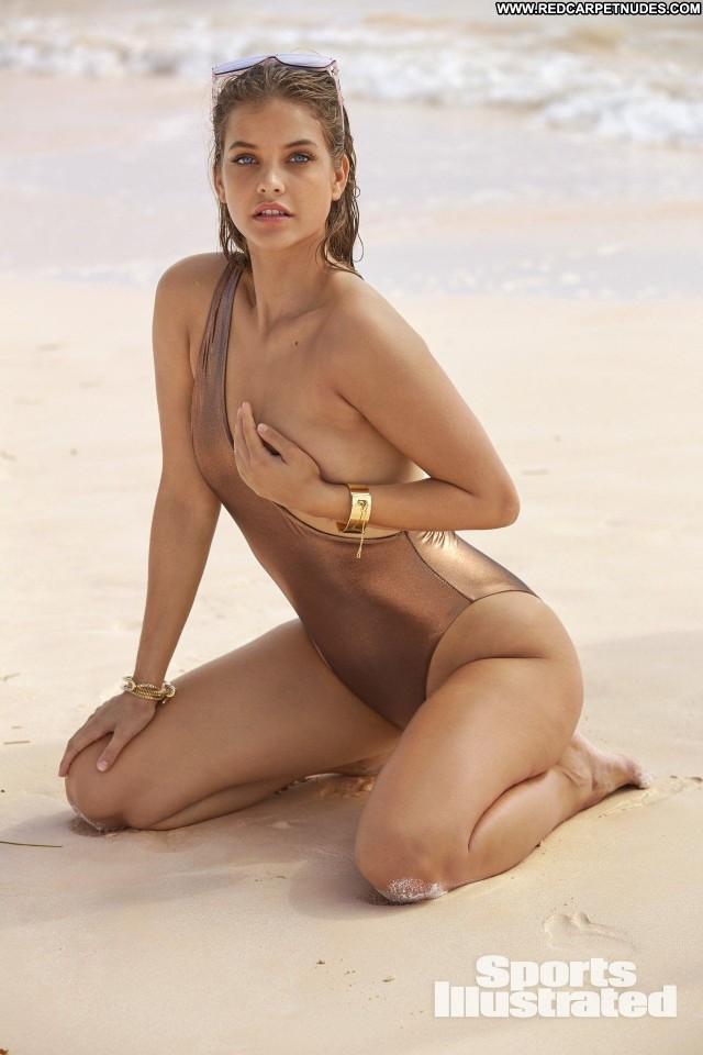 Samantha Hoopes Sports Illustrated Sports Photoshoot Model Sex Bar