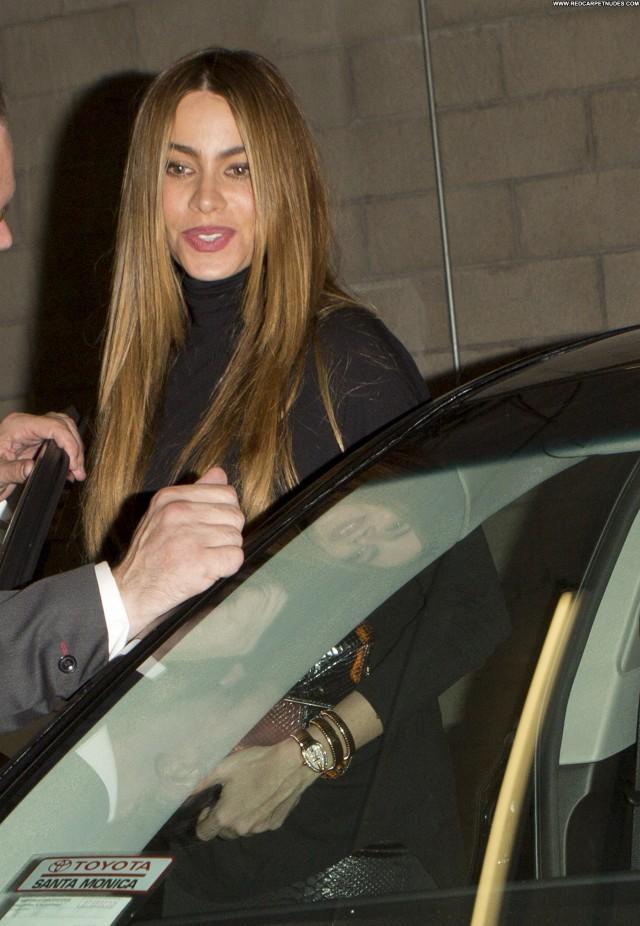 Sofia Vergara No Source Celebrity Babe Posing Hot Beautiful Candids