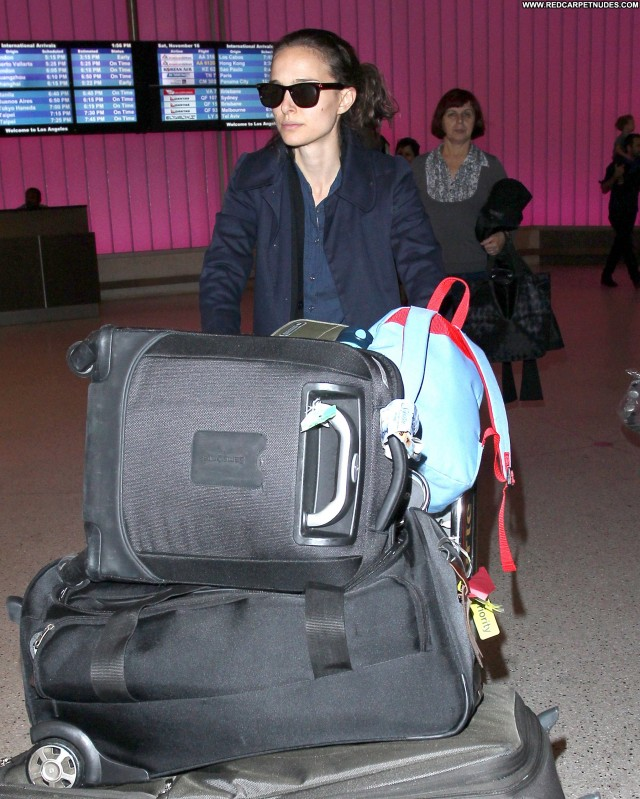 Natalie Portman No Source High Resolution Posing Hot Celebrity Babe
