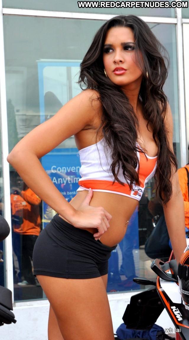 Tahan Lew Fatt Mean Machine Posing Hot High Resolution Babe Beautiful