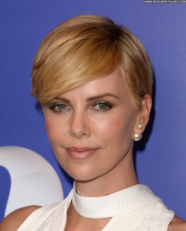 Charlize Theron Beverly Hills Beautiful High Resolution Celebrity