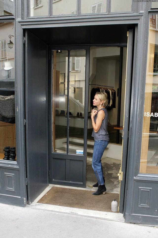 Diane Von Furstenberg Fashion Show Babe Shopping London Celebrity