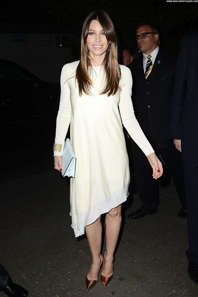 Jessica Biel Fashion Show Celebrity Beautiful Posing Hot High