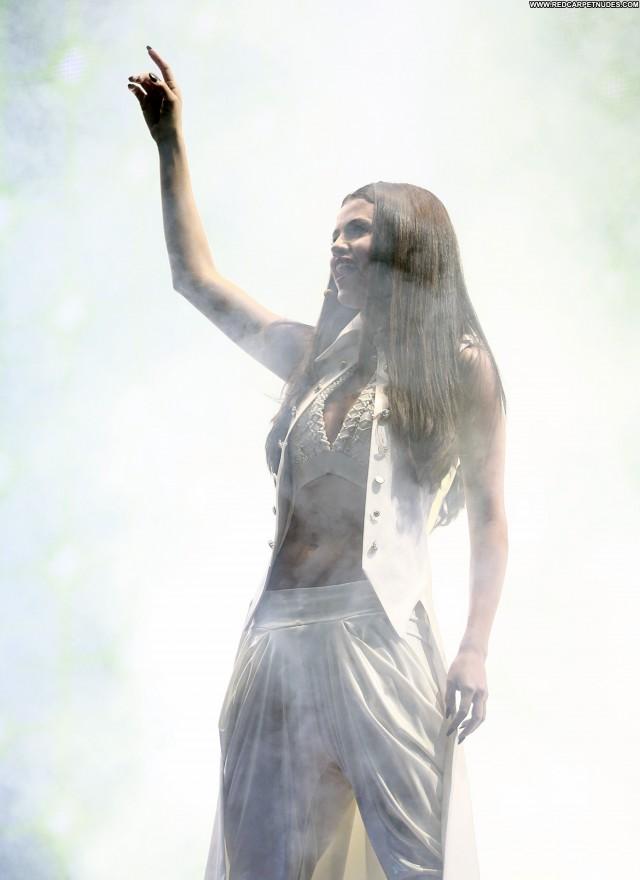 Selena Gomez Performance Celebrity High Resolution Candids Babe