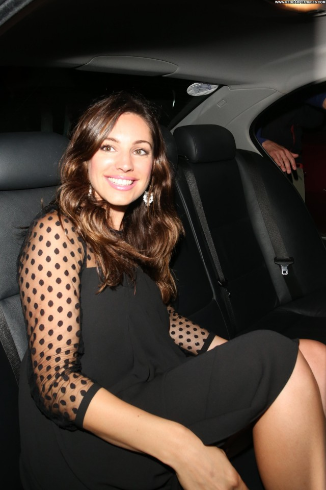 Kelly Brook No Source Candids Posing Hot Babe Celebrity Beautiful