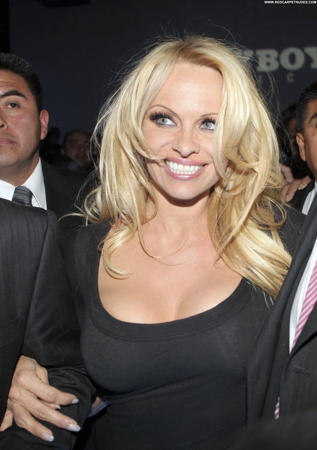 Pamela Anderson No Source Beautiful High Resolution Babe Celebrity
