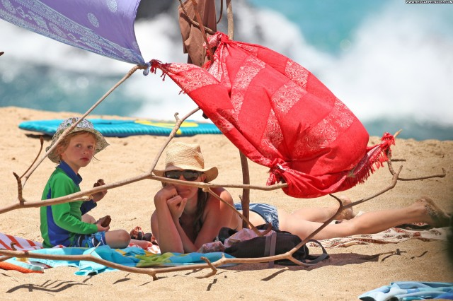 Julia Roberts The Beach Beautiful High Resolution Bikini Beach