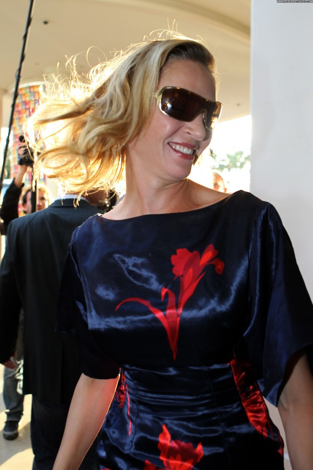 Uma Thurman Cannes Film Festival Babe Posing Hot Celebrity Beautiful
