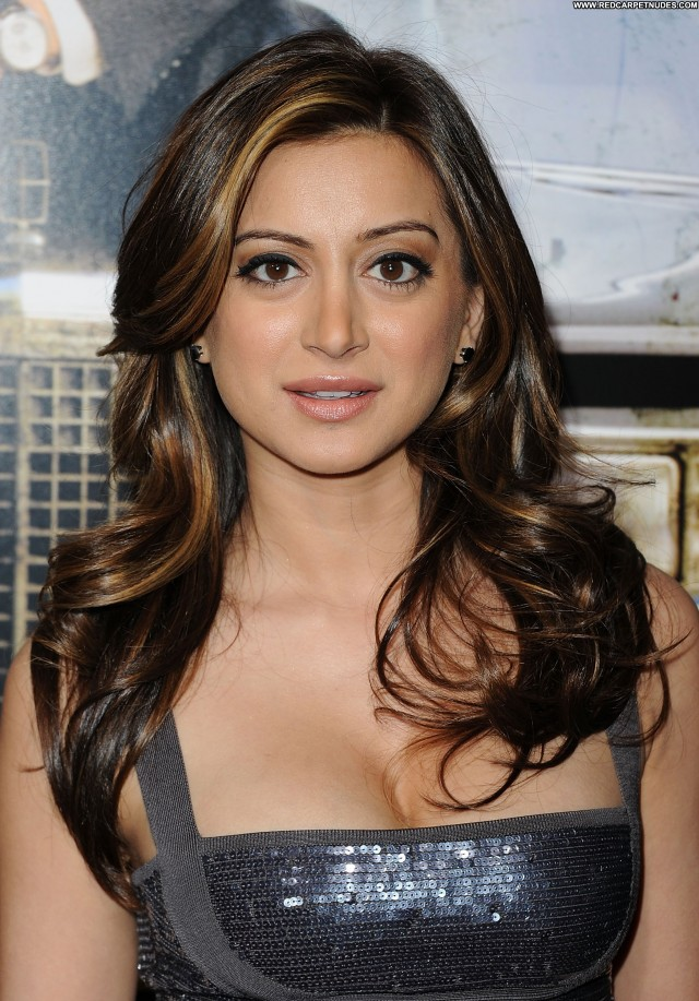Noureen Dewulf The Lincoln Lawyer Beautiful Babe Posing Hot High