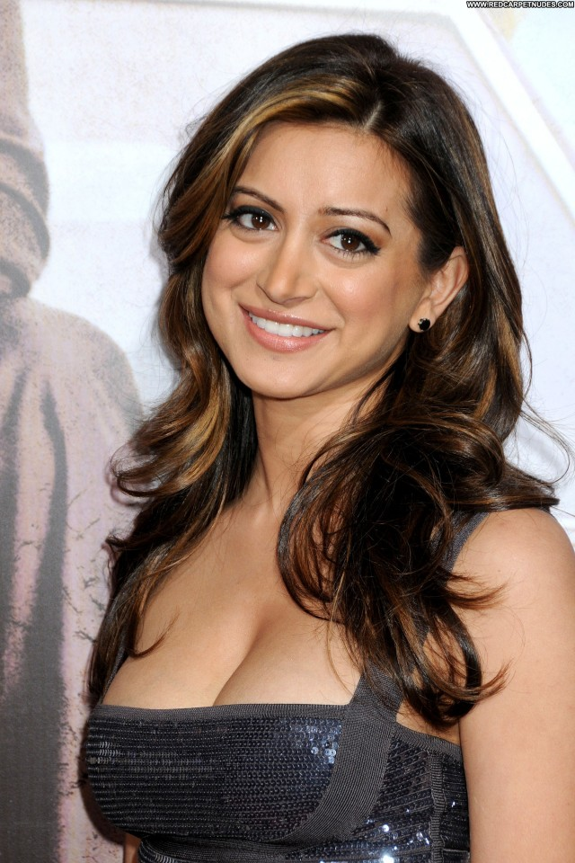 Noureen Dewulf The Lincoln Lawyer Posing Hot Celebrity Beautiful Babe