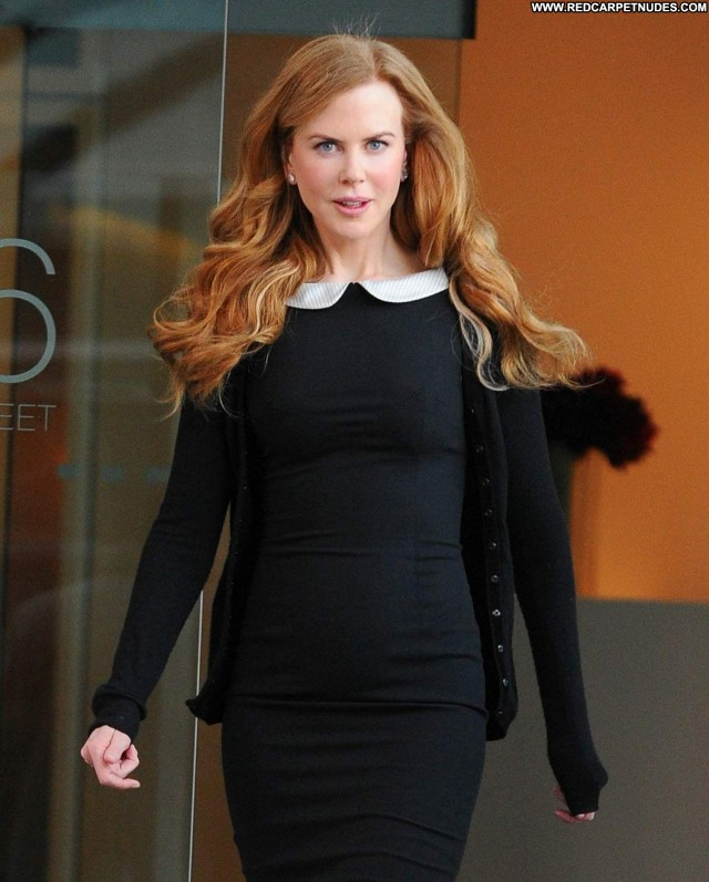 Nicole Kidman Good Morning America Shopping Celebrity Posing Hot