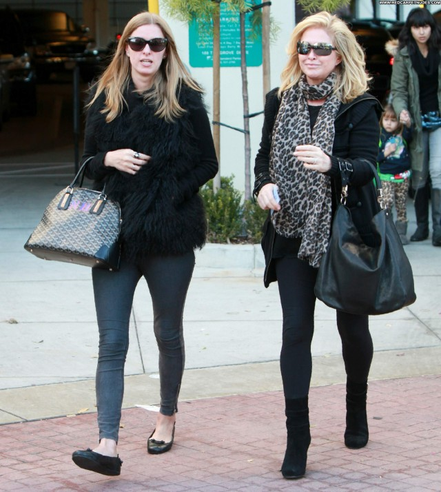 Nicky Hilton The Grove In Hollywood Posing Hot Beautiful Mom Babe