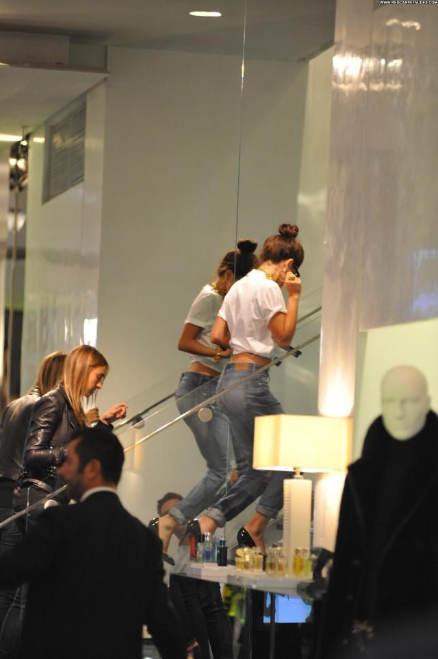 Selena Gomez Shopping Celebrity Candids Babe Posing Hot Shopping High