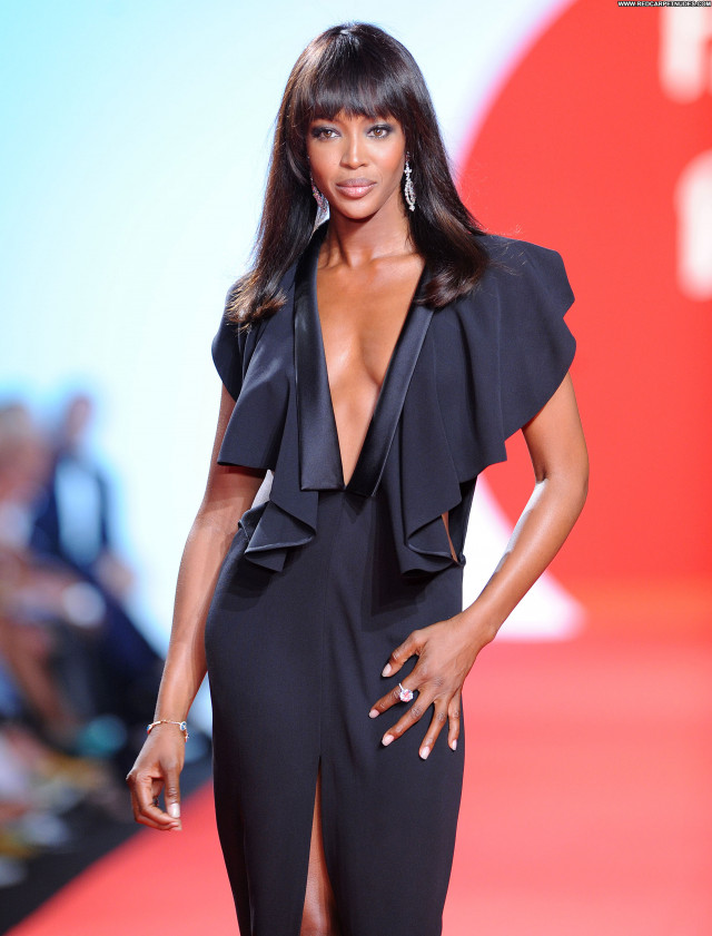 Naomi Campbell No Source High Resolution Fashion Celebrity Babe