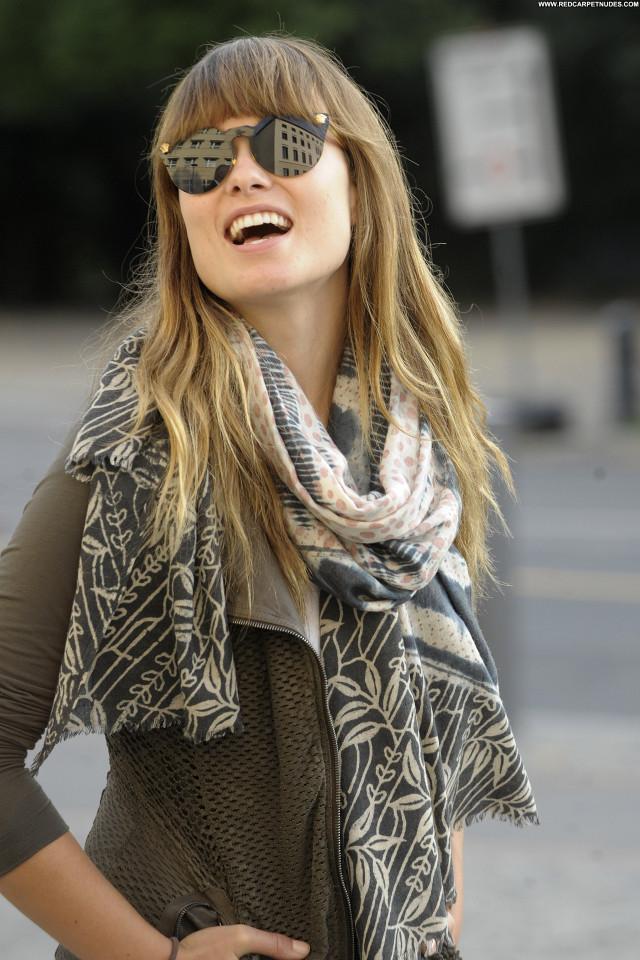 Olivia Wilde No Source Beautiful Posing Hot Celebrity Babe Friends