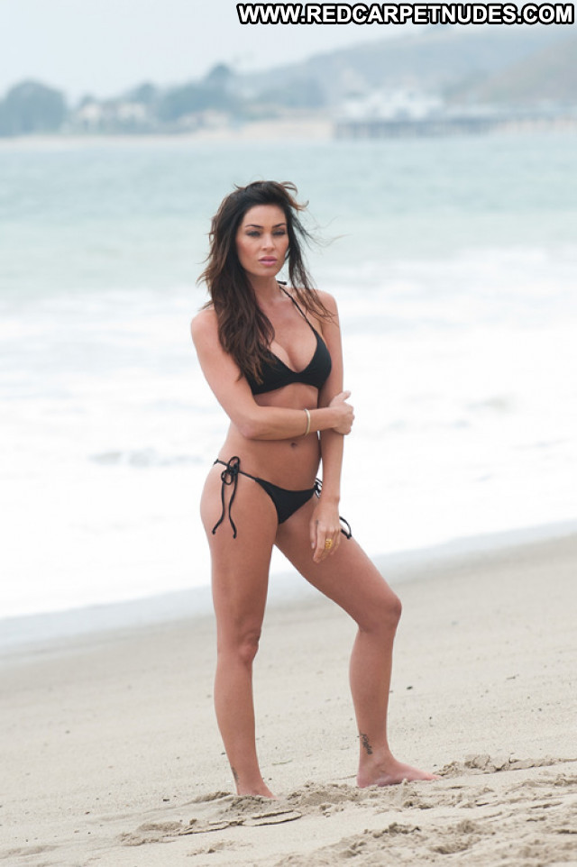 Angelina Jolie Photoshoot High Resolution Beach Bikini Beautiful