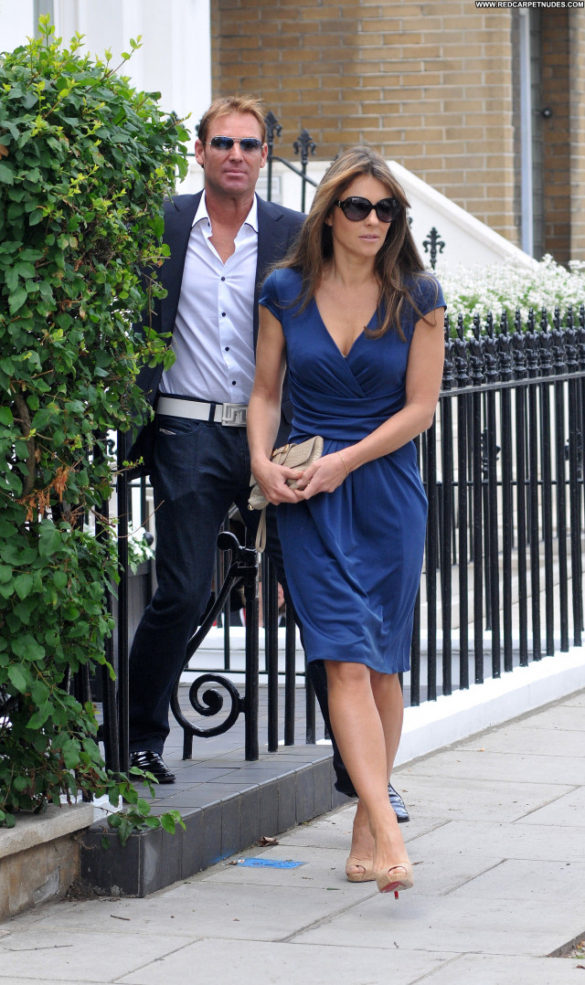 Elizabeth Hurley Elizabeth Beautiful Posing Hot Babe London Celebrity