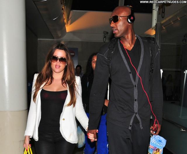 Khloe Kardashian Lax Airport High Resolution Posing Hot Lax Airport