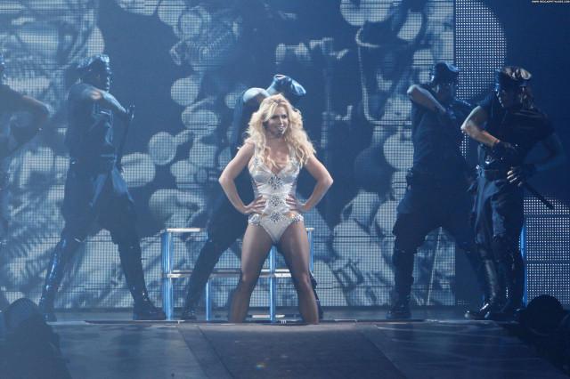 Britney Spears Femme Fatale High Resolution Babe Posing Hot Celebrity