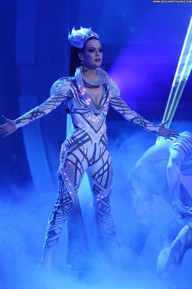 Katy Perry American Idol Celebrity High Resolution Babe Posing Hot