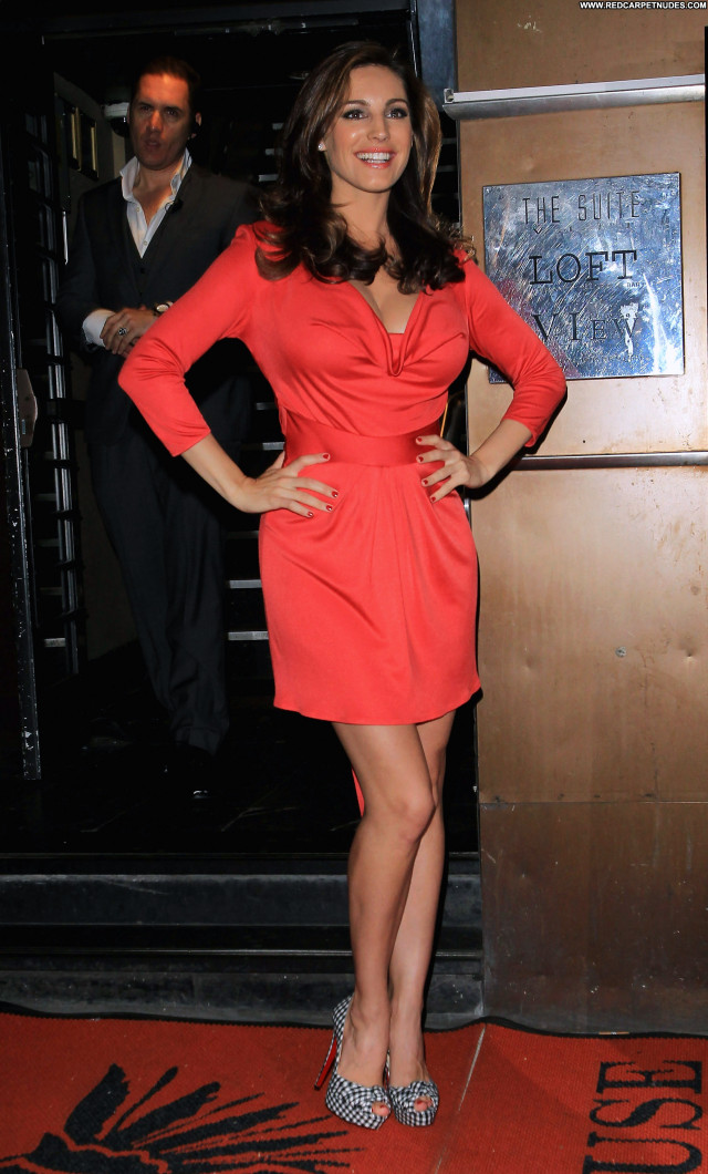 Kelly Brook No Source  Babe Beautiful Posing Hot Celebrity Party High