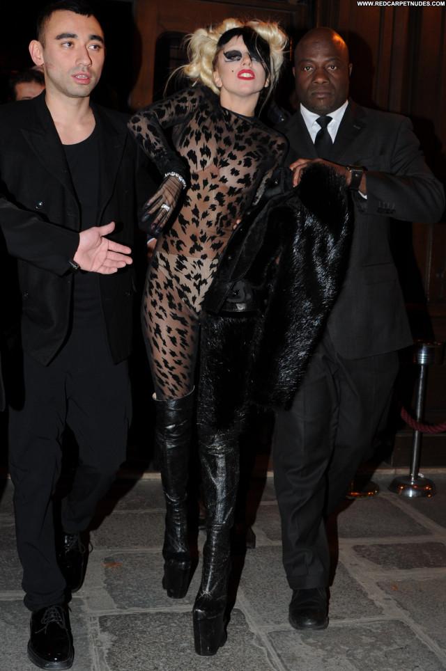 Lady Gaga Ready To Wear Babe Beautiful Fashion High Resolution Posing