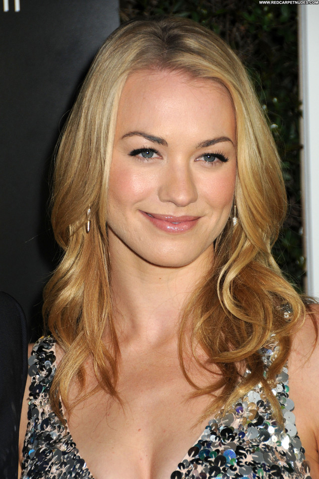 Yvonne Strahovski Los Angeles  Usa Posing Hot Beautiful Black Babe