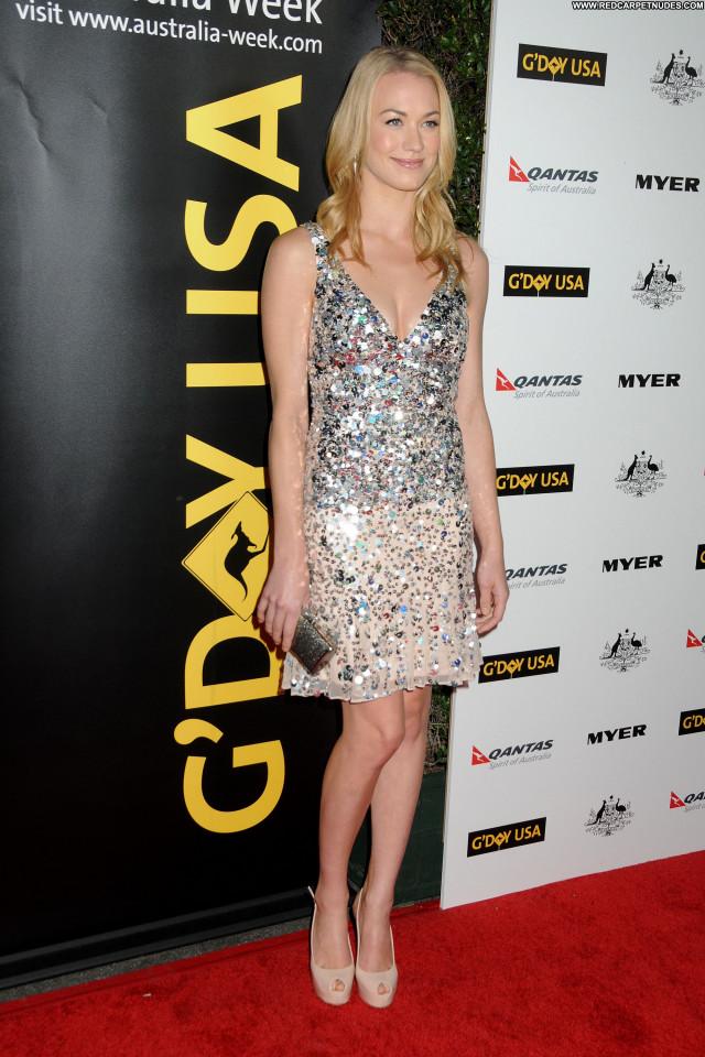 Yvonne Strahovski Los Angeles Posing Hot High Resolution Celebrity