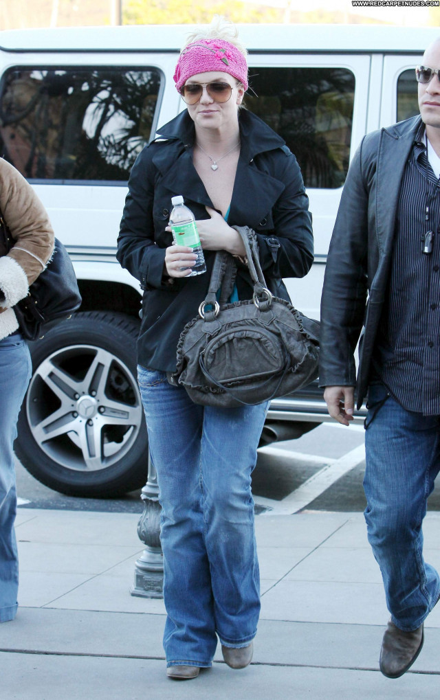 Britney Spears Shopping Beautiful Babe High Resolution Celebrity