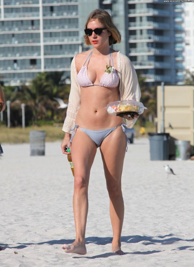 Chloe Sevigny Vacation Candids Beautiful Celebrity Posing Hot Bikini