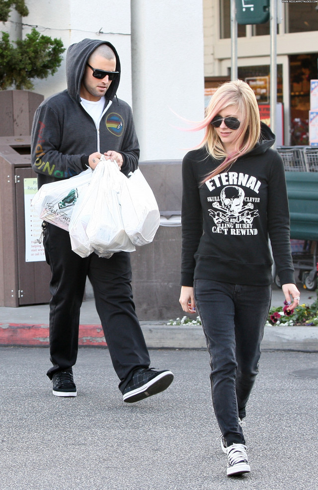 Avril Lavigne Beverly Hills Babe Shopping High Resolution Beautiful