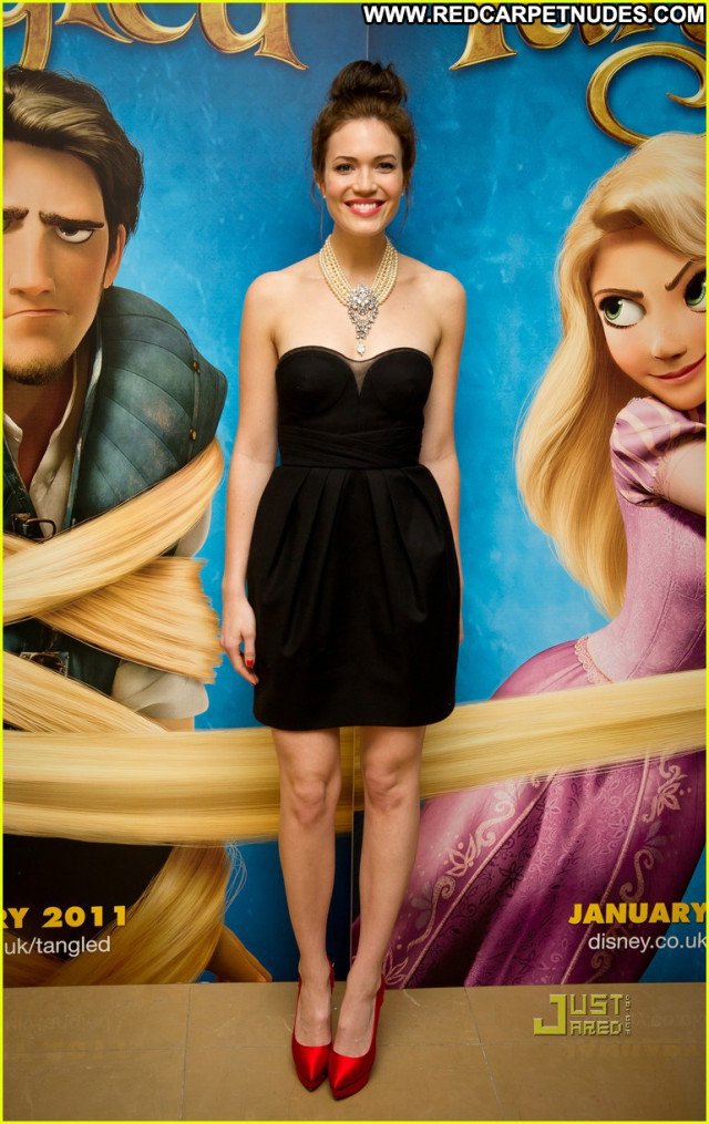 Mandy Moore Celebrity Singer Posing Hot Old Usa Beautiful Babe Movie