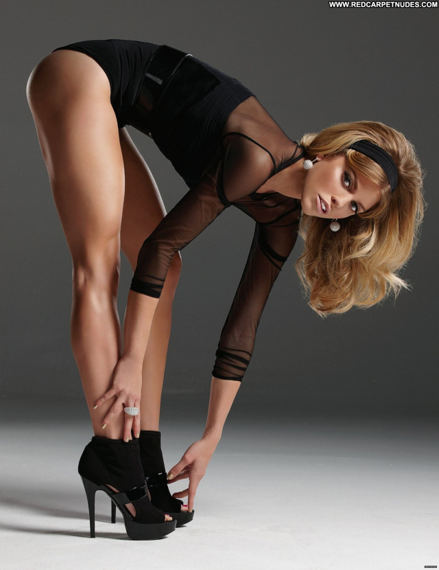 Annalynne Mccord Style Magazine Usa Sexy Babe Celebrity Beautiful