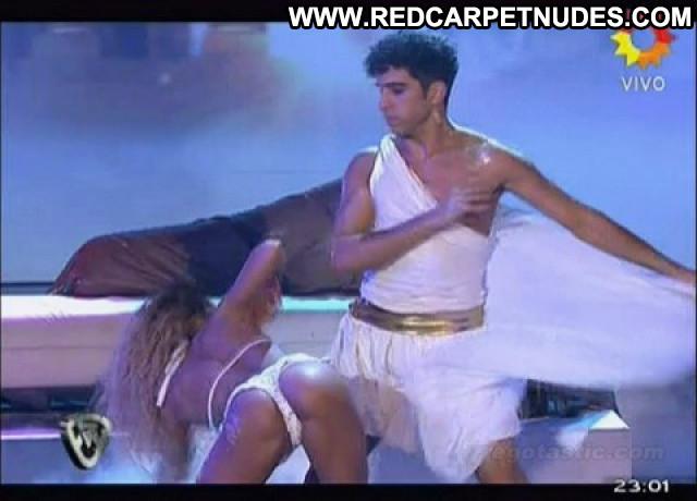 Cinthia Fernandez Dancing With The Stars Boobs Dancing Football