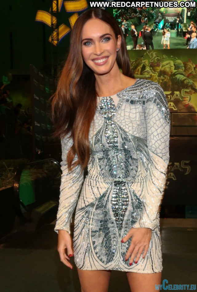 Megan Fox No Source Beautiful Usa Babe Movie Mexico Posing Hot