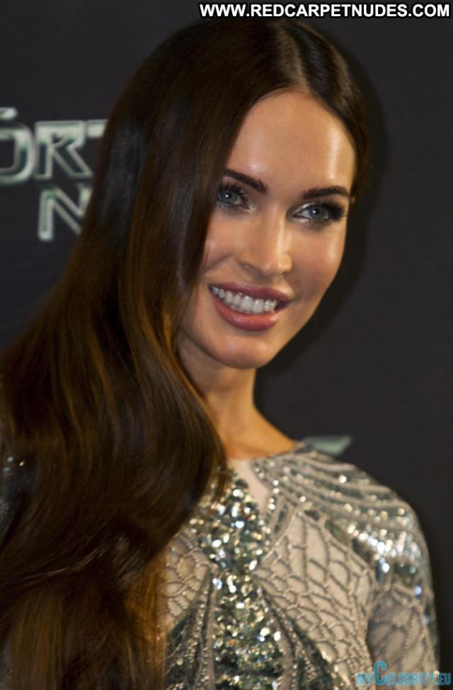 Megan Fox No Source Posing Hot Mexico Beautiful Movie Usa Babe